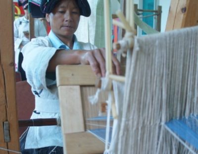 Weaving with the Lisu and Yi communities of Yunnan Province.